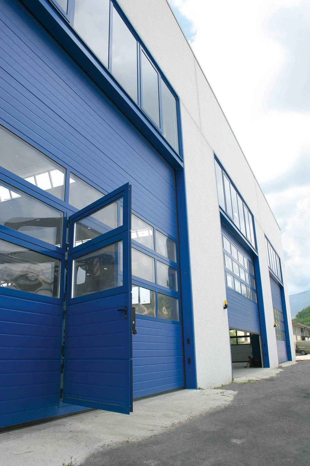 visa-industrijska-garazna-vrata